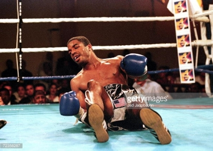 72358287-aug-1999-david-reid-is-knocked-to-the-canvas-gettyimages