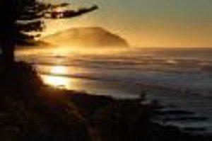Makorori headland: sunny East coast scenery on New Zealand's North Island